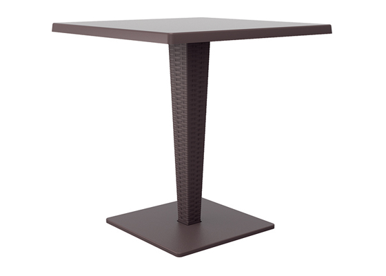 Table avec top en Werzalit